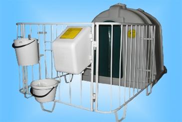 Домик с металлическим ограждением (полимерное напыление)